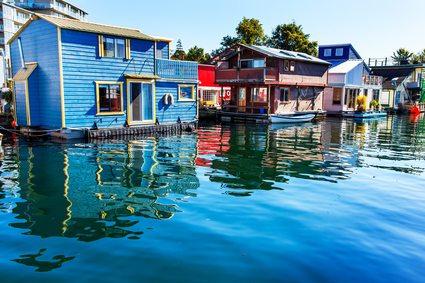 Float Homes Vancouver Island